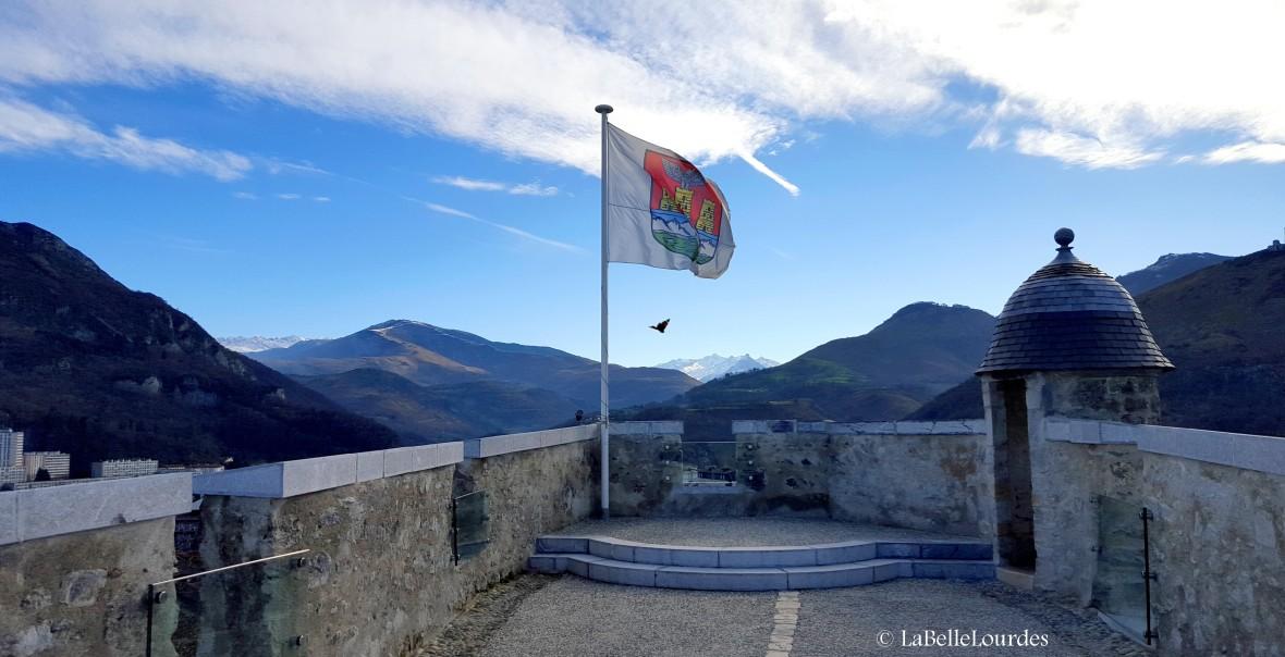 Vue sur les Pyrénées Château de Lourdes