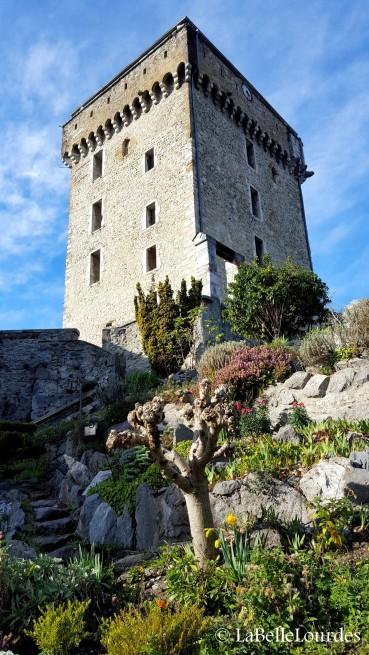 Donjon du château fort de lourdes